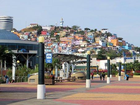 Guayaquil, El Barrio de las Peñas,El Cerro Santa Ana
