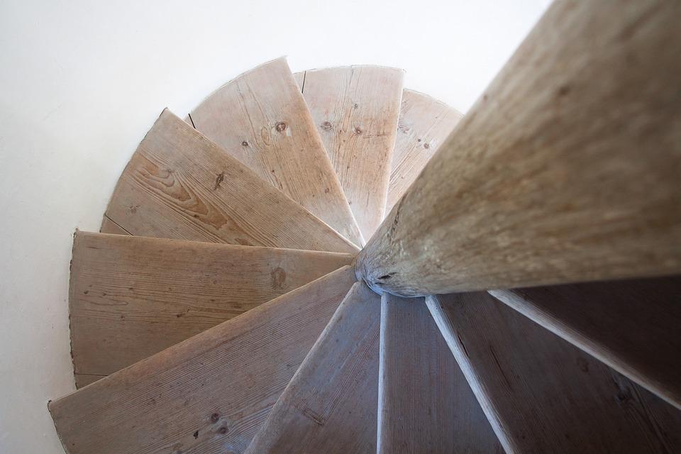 kostenloses foto wendeltreppe treppe holz alt. Black Bedroom Furniture Sets. Home Design Ideas