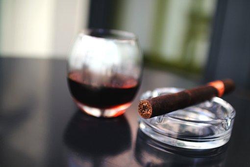 Zigarren, Rauchen, Aschenbecher, Wein