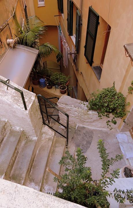 Treppen Enge Gasse Kostenloses Foto Auf Pixabay