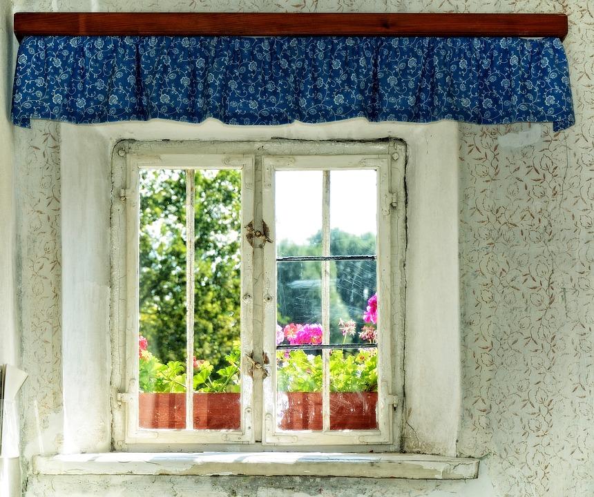 kostenloses foto fenster alt fensterbank kostenloses bild auf pixabay 930269. Black Bedroom Furniture Sets. Home Design Ideas