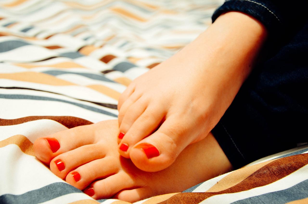 Как сделать летний педикюр в домашних условиях
