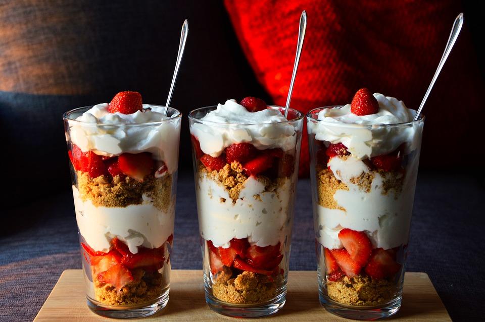 Dessert, Healthy, Strawberries, Cream, Yogurt, Cookies