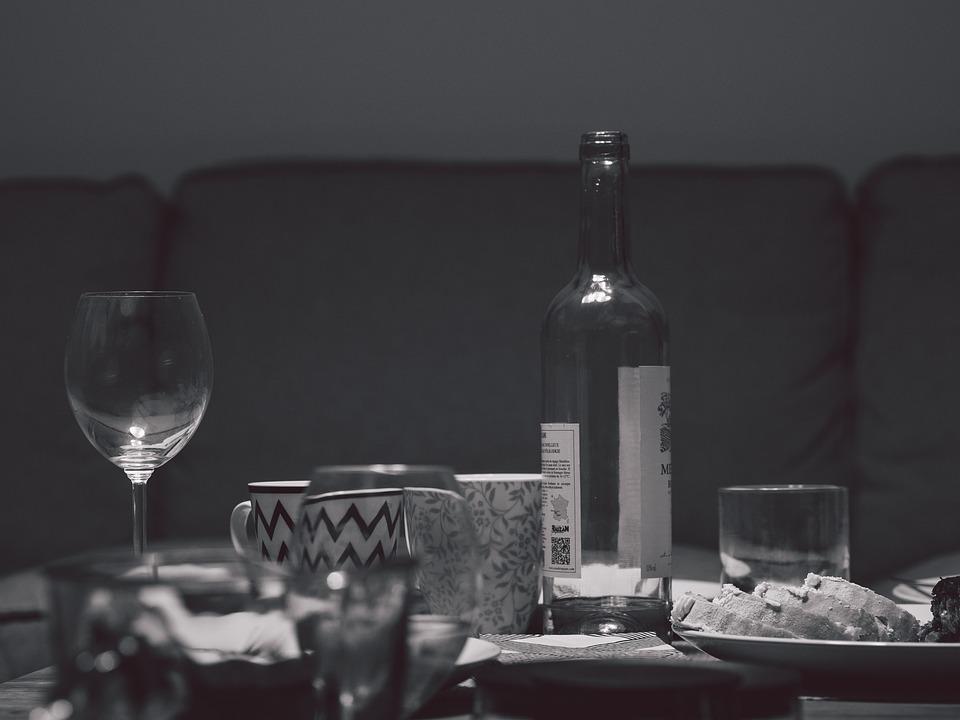 Pöytä, Juhla, Astiat, Pullo, Lasi, Viini, Ruoka