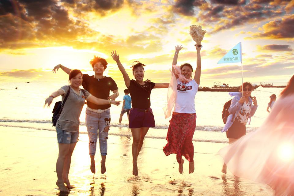 beach-936736_960_720.jpg