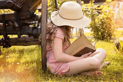 人, 人的, 女性, 女孩, 帽子, 本书, 读取, 性质, 草, 草地, 出