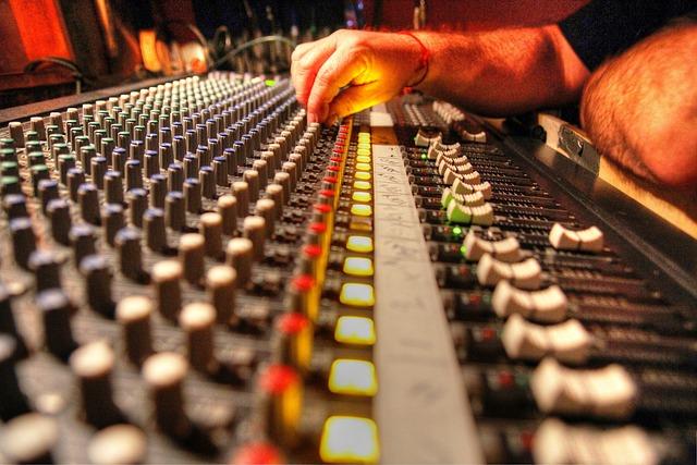 Free Photo Soundboard Audio Soundman Dj Free Image