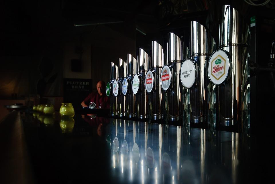 Bierlokal, Kran, Pub, Placówka Gazu, Lokalny, Schank