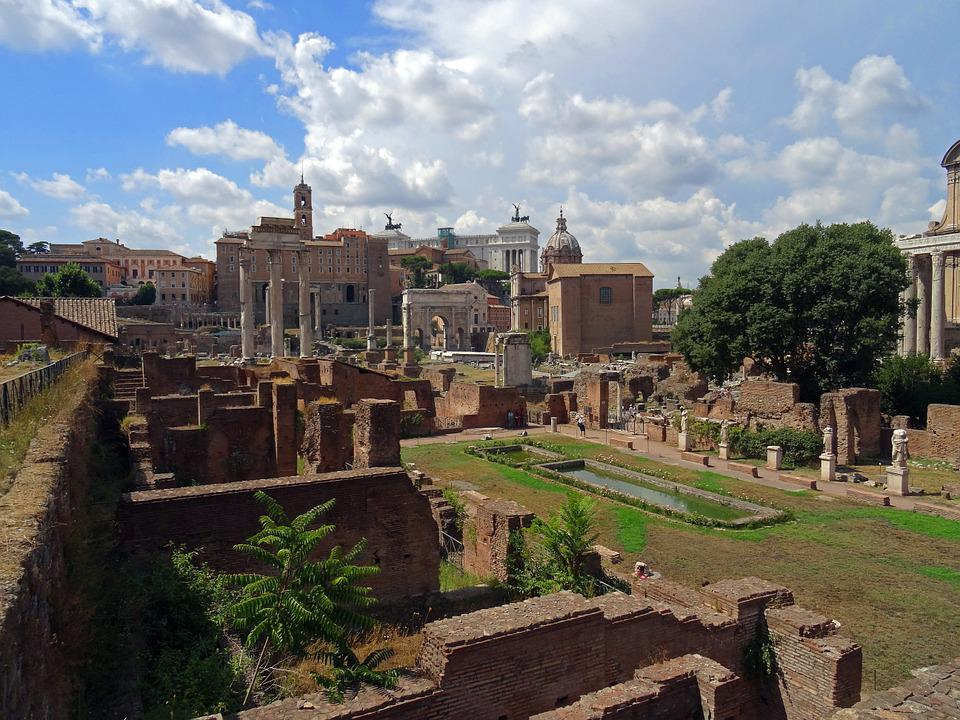 architecture rome lazio italy Italy lazio  rome  rome - things to  the building we see today was the vision of emperor hadrian who had a passion for building and elaborate.