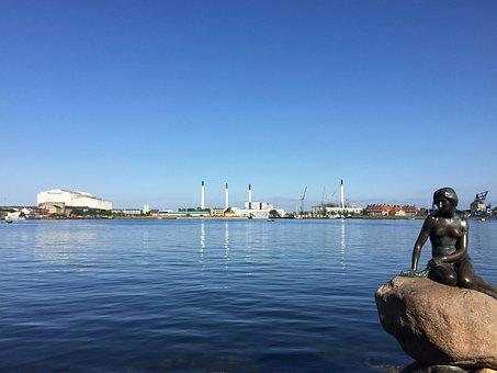 Kleine Zeemeermin, Denemarken, Zee