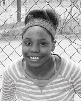 Ebony musta teini kuvia