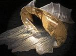 shell, gold
