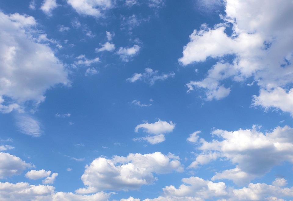 Fotos E Imagenes Cielo Azul Con Nubes: Céu Azul Nuvens Brancas · Foto Gratuita No Pixabay