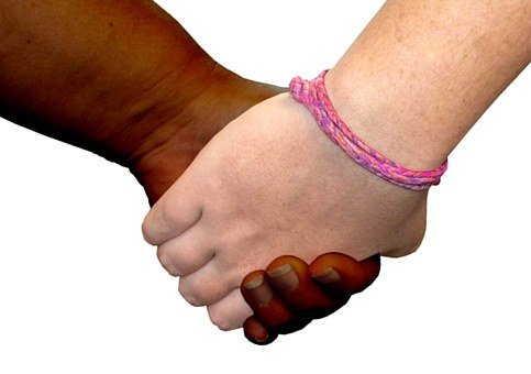 friends-1013856__340 como construir amistades verdaderas