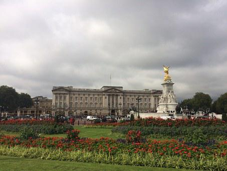 Buckingham Palace Queen Royals Angleterre