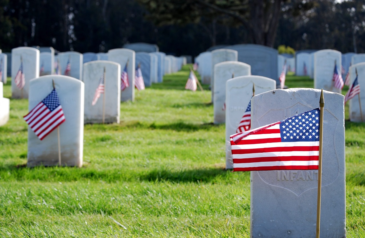 World War II veterans are now dying at the rate of about 1,100 each day.