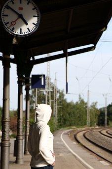 Wartende, Reise, Bahnhof, Bahnsteig