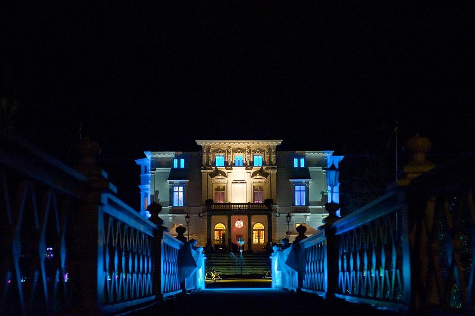 Casa notte illuminazione foto gratis su pixabay