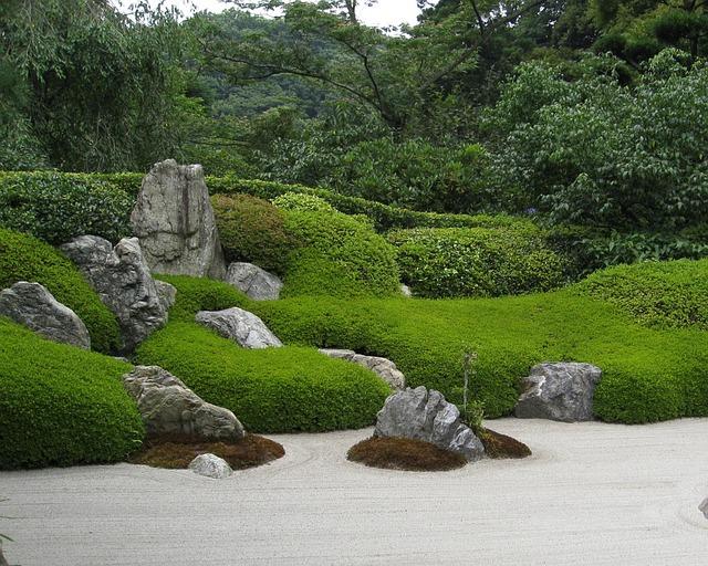 Photo gratuite zen jardin japon pierre sable image for Pierre pour jardin zen