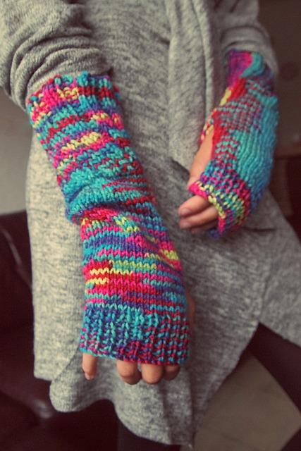Knitting Pattern Boxing Gloves : Free photo: Gloves, Fingers, Knitting, Winter - Free Image on Pixabay - 987630