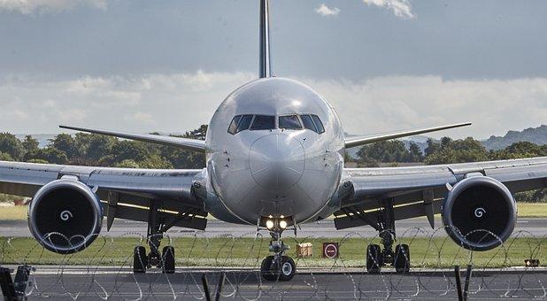 Avión, Manchester, Chorro, Mosca