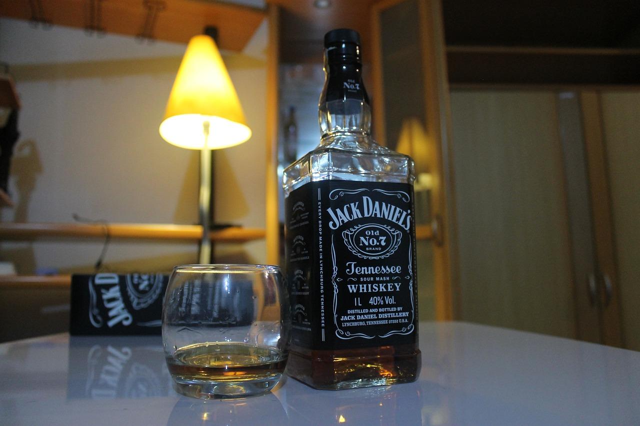 Home Whiskey Beverage   Free photo on Pixabay