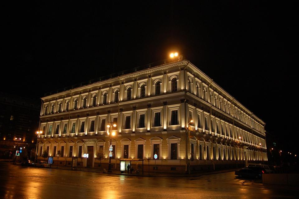 建物 サンクトペテルブルク ロシア 旅行 夜 ライト ストリート