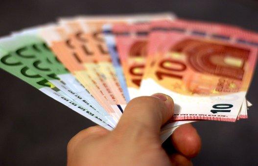 Dinero, Billete De Banco, Euro, Mano