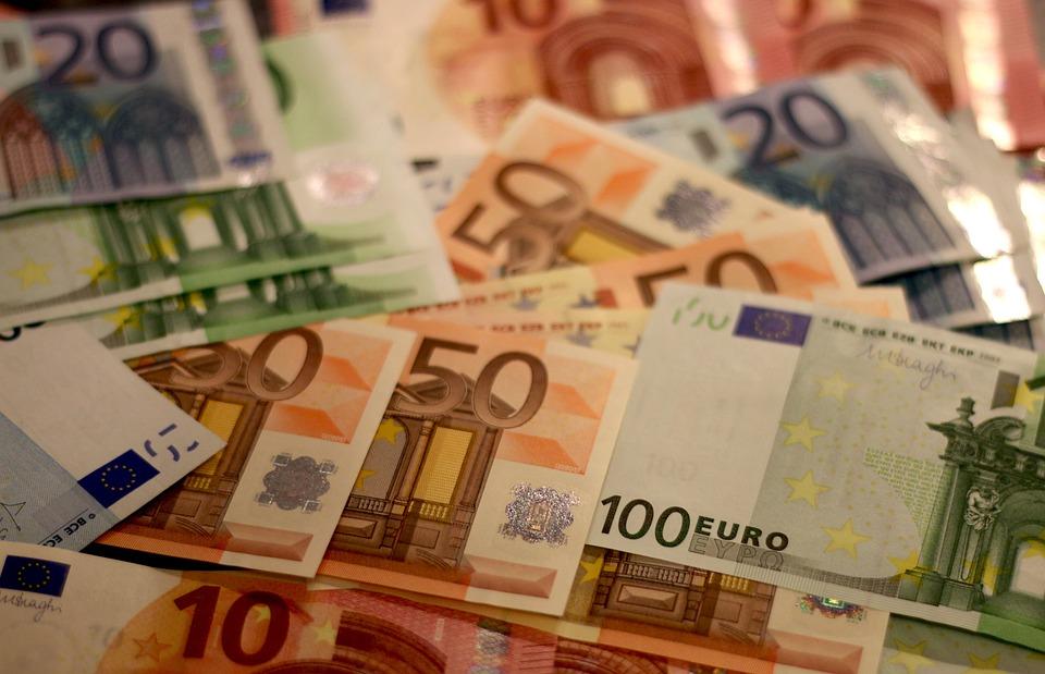 """Résultat de recherche d'images pour """"argent billets de banque"""""""