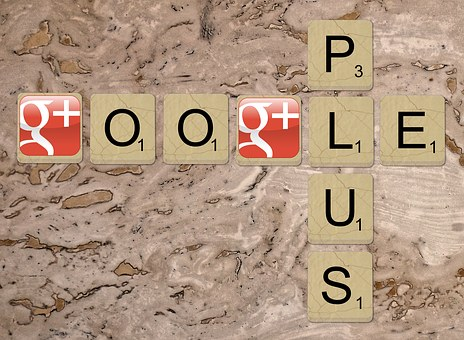 Google plus image showing the word google wrotten horizontally and crossed vertically by PLUS
