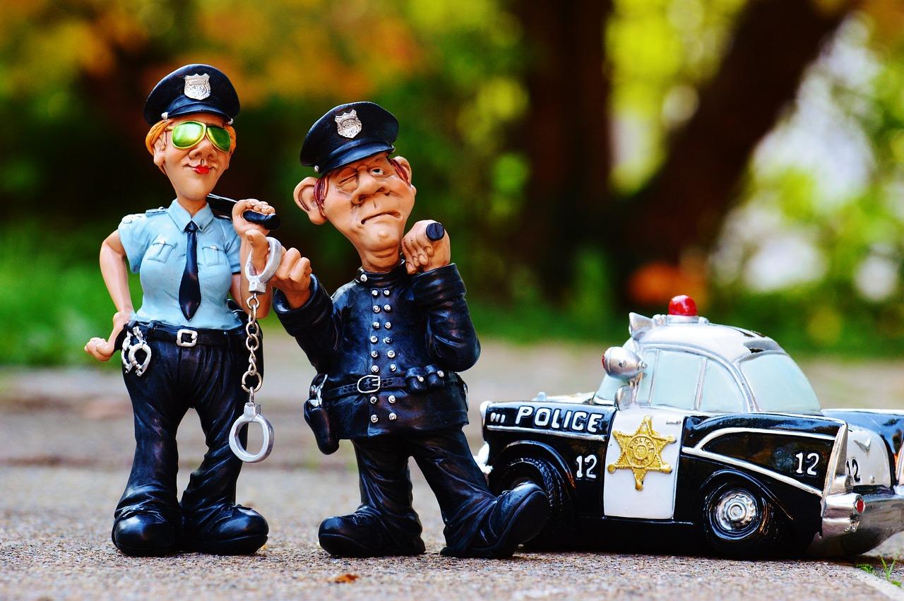Смешная картинка с полицейским, картинки узбекская открытки
