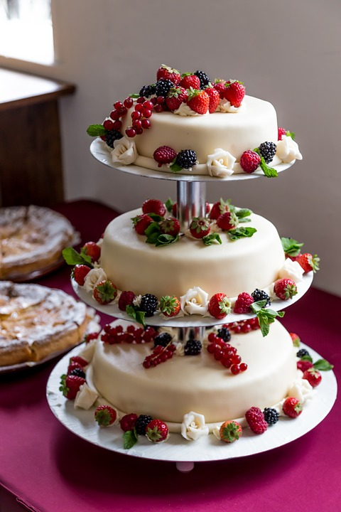 Wedding Cake Summer Cream Pie