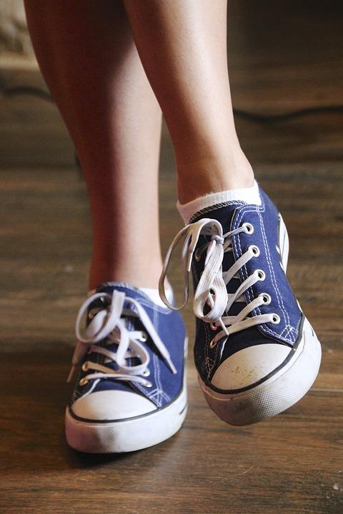 c70c17193b9 Παπούτσια Πόδια Ύπουλος Αθλητικά - Δωρεάν φωτογραφία στο Pixabay