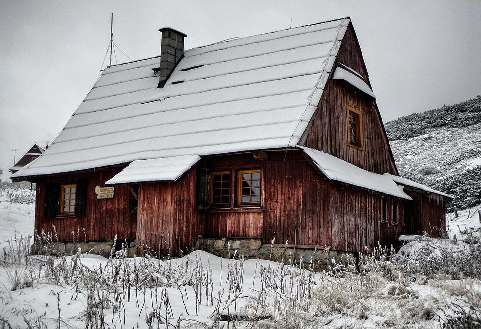 Case Di Montagna A Natale : Immagine del modello del villaggio di montagna di natale con case