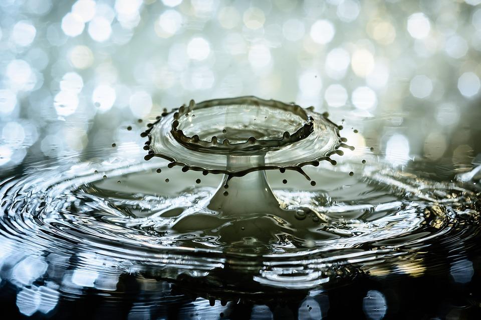 水, 水滴, スプラッシュ, 波紋, 点滴, ドロップ水の, 水の機能, 液体, 高速, ボケ