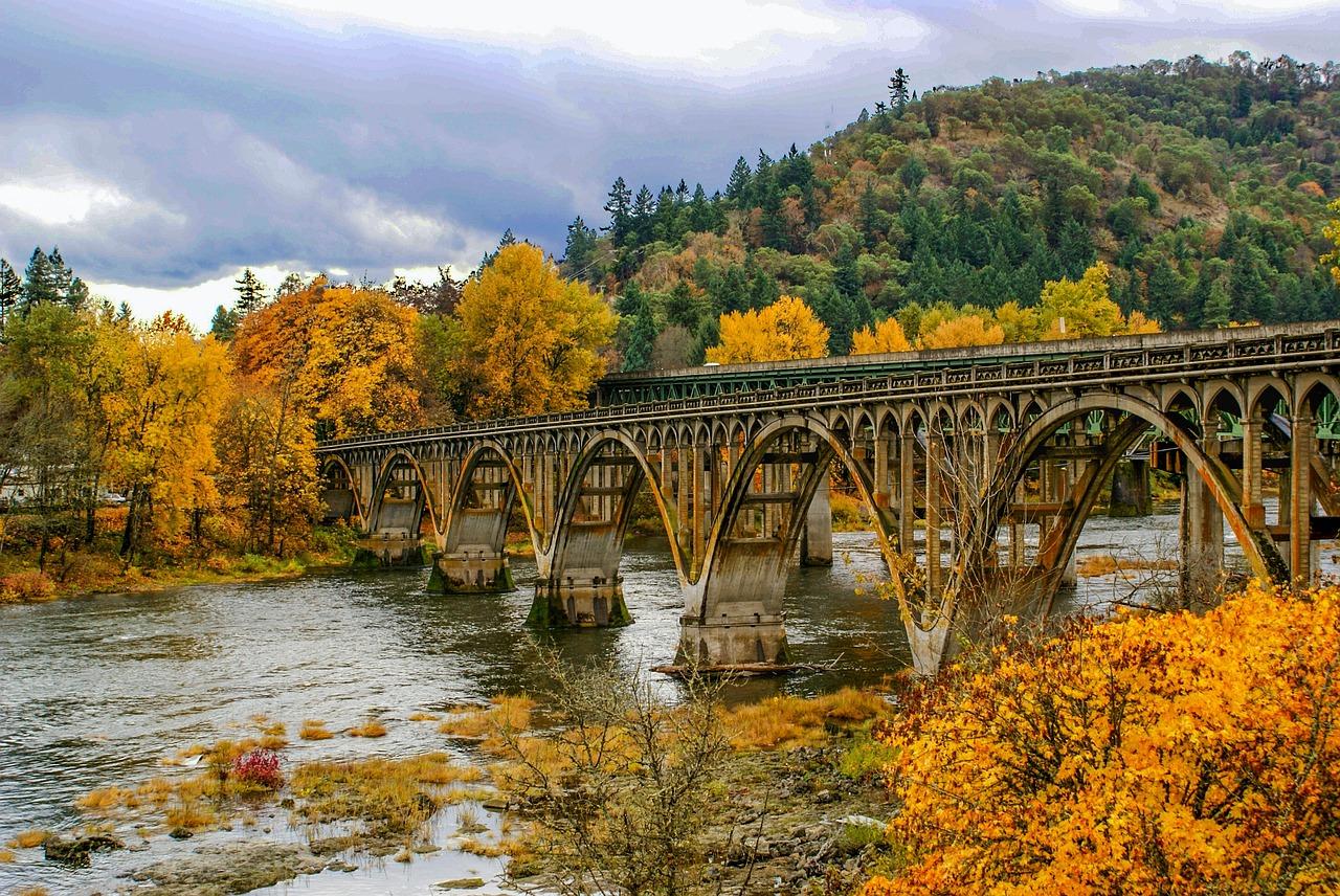 обои на рабочий стол осень мосты гуляют все ветра
