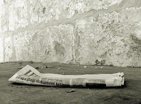 Jornal, Notícias De Ontem, Descartados