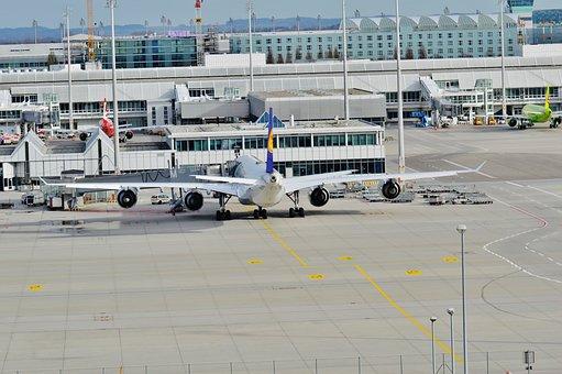 Aeronaves, Aeropuerto, Volador
