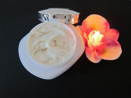 Eye Cream For Dark Circles At Home To Treat Puffiness And Wrinkles