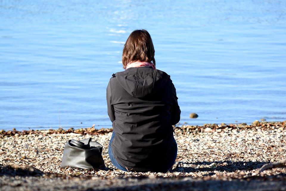 Чем бывает вызвано женское одиночество