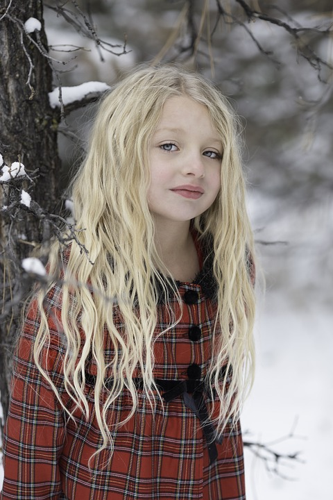 nude girl public snow