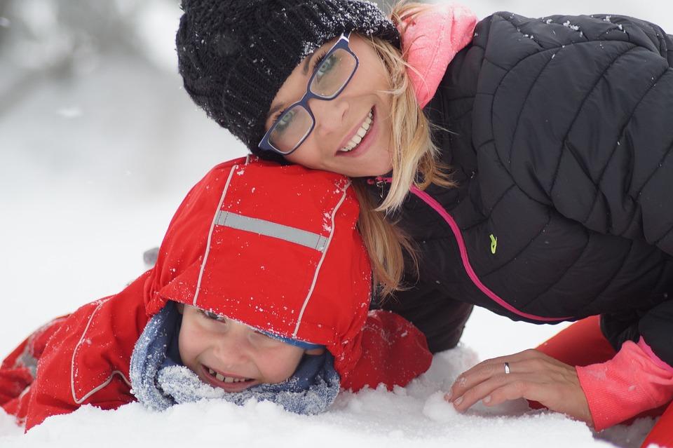Ребенок, Зима, Снег, Поездка, Семья, Снежинка, Мальчик