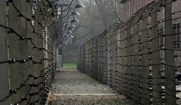 Auschwitz, Geschichte