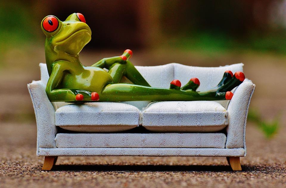 カエル, ソファ, リラクゼーション, 残り, おかしい, かわいい, フィギュア, 懸念, 楽しい, 甘い