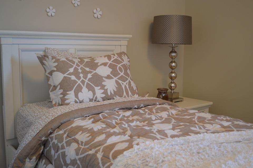 Bett Schlafzimmer Lampe Kopfbrett Bettwäsche