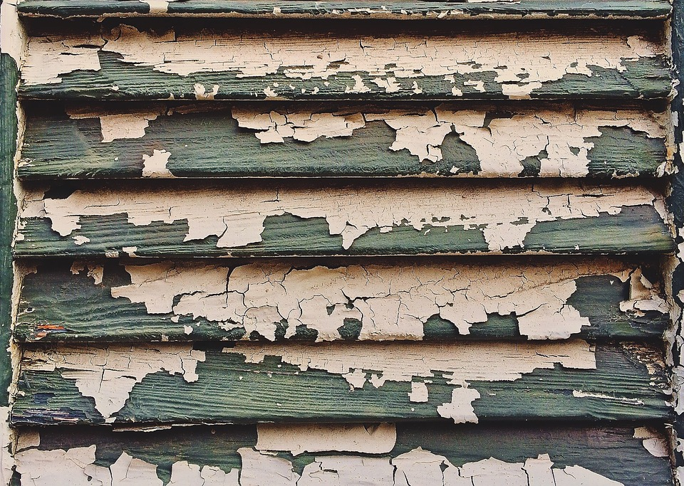 Shutter old paint free photo on pixabay for Removing lead paint from exterior of house