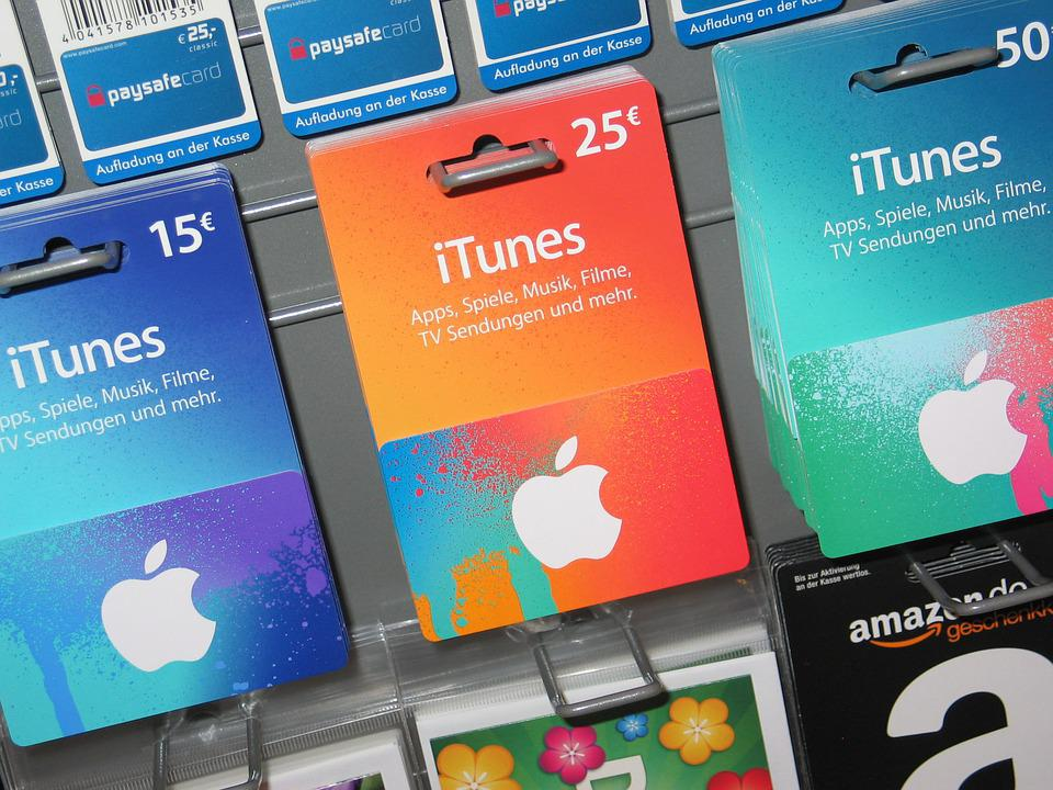 Give them an Apple Store Gift Card and they can get Apple hardware and accessories at any Apple Store, at thaurianacam.cf or by calling Choose from a variety of designs and denominations to make it just the right gift.
