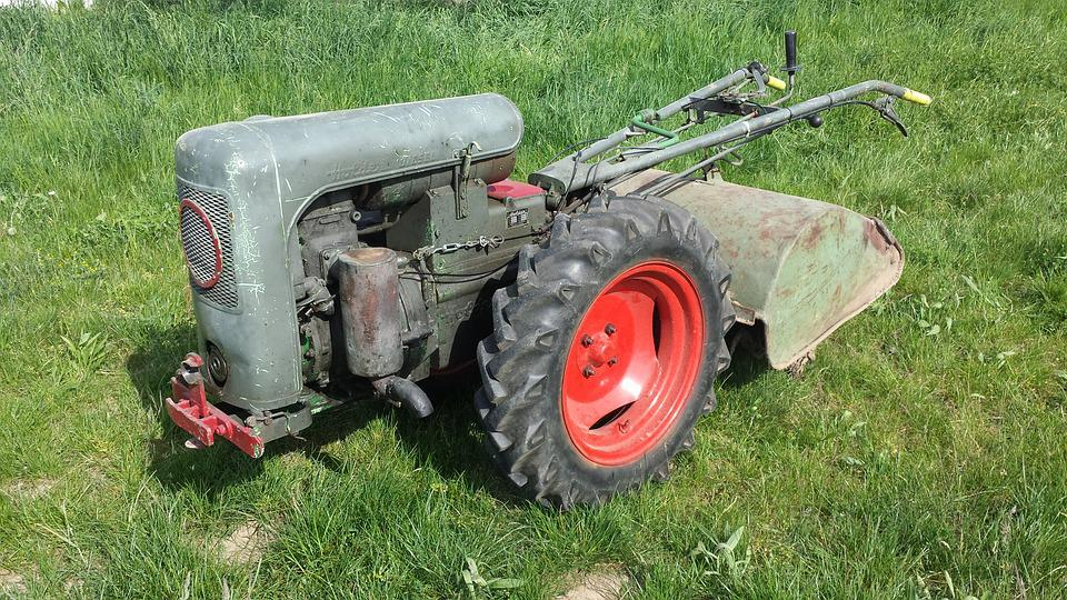 Simple Essieu, Tracteur, Oldtimer, Machine À Fraiser