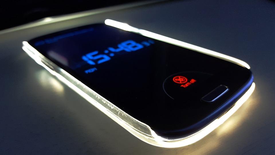 Hoesje Met Licht : Telefoon licht toekomst · gratis foto op pixabay