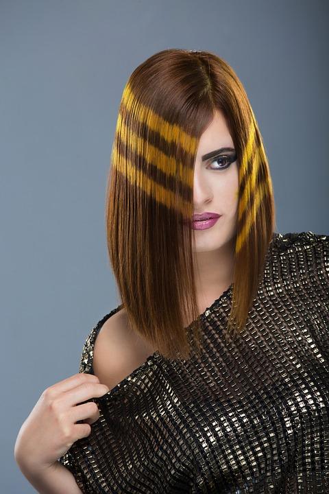 Photo gratuite couleurs salon de coiffure coupe image for Model couleur salon